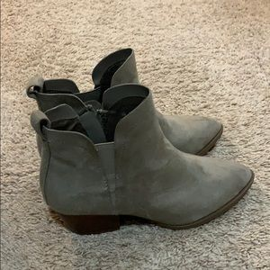NEW: grayish taupe booties!